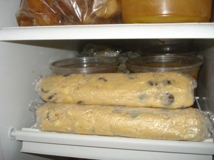 This is one of my favorite ways to impress my family - pull a frozen log off the shelf and turn it into a dozen cookies.